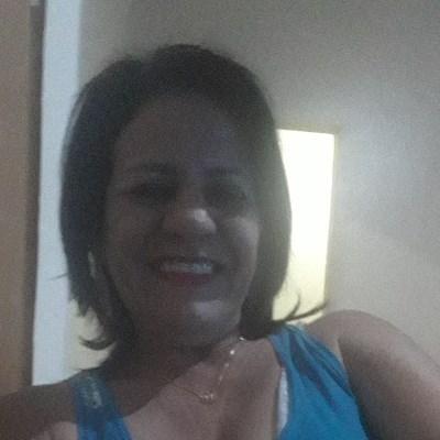 Rose, 51 anos, site de encontros