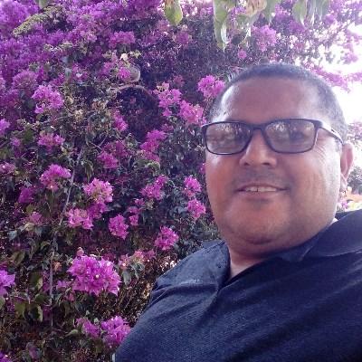 Silva, 50 anos, namoro online gratuito