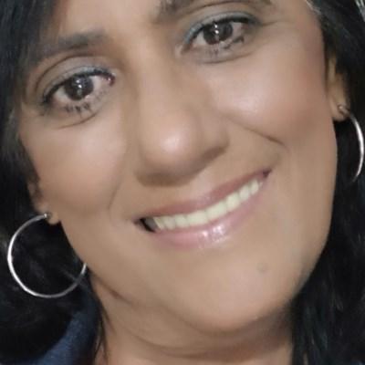 Elizabeth, 59 anos, namoro online gratuito