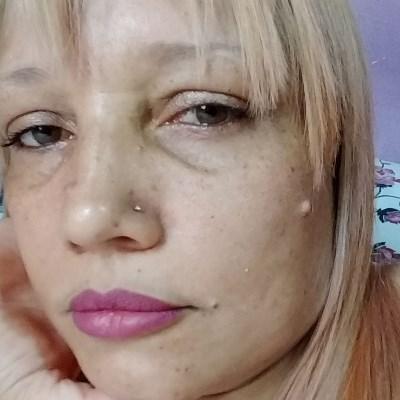 Odete, 44 anos, site de relacionamento