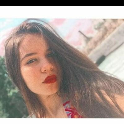 Larrisa, 20 anos, site de encontros
