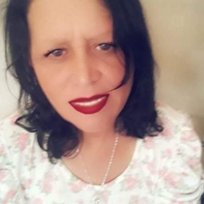 Morena, 34 anos, namoro