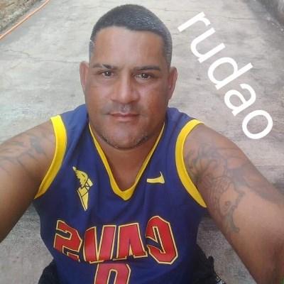 Rudao, 37 anos, namoro