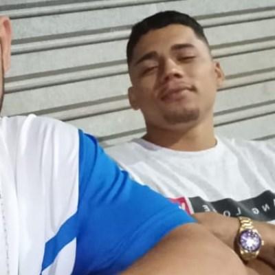 Vitor, 22 anos, site de namoro