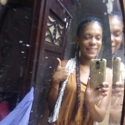 Naty, 34 anos, namoro online gratuito