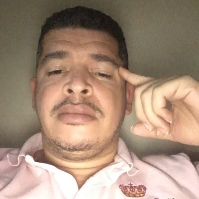 Osni Souza, 38 anos, site de relacionamento gratuito
