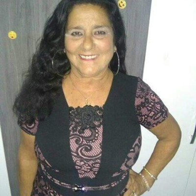 Rosângela, 64 anos, namoro serio
