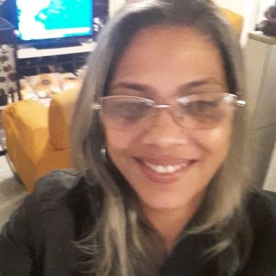 Paula, 46 anos, namoro online