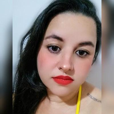Natália, 32 anos, site de relacionamento gratuito