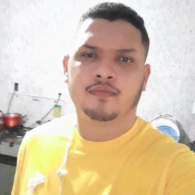 Santiago, 22 anos, site de relacionamento gratuito