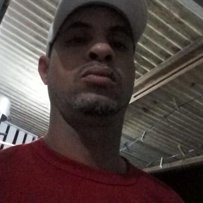 Luciano, 43 anos, site de encontros