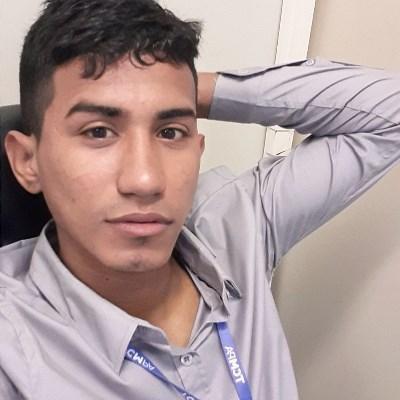 Thiago, 23 anos, site de relacionamento