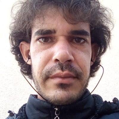 Salomão, 32 anos, site de namoro gratuito