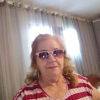 Elzinha, 70 anos, site de relacionamento
