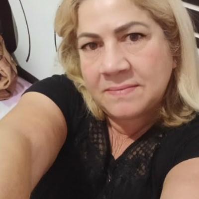 Jussara, 61 anos, namoro online gratuito