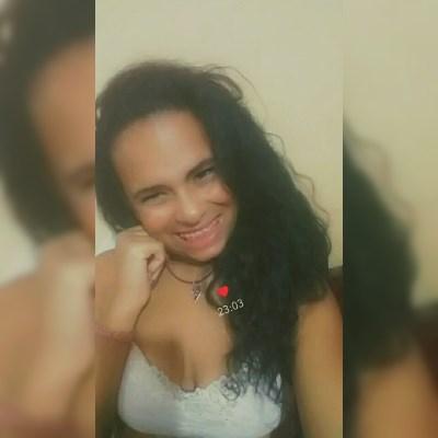 Yasmin fontes, 27 anos, namoro online gratuito