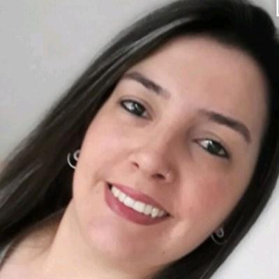 Helena, 35 anos, site de relacionamento gratuito