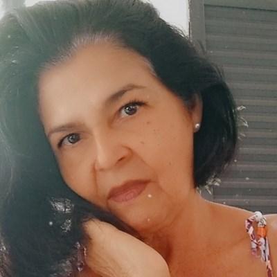 Nena, 58 anos, site de relacionamento gratuito
