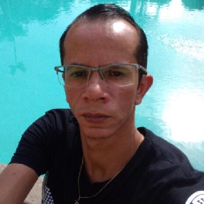 Renatinho livre, 38 anos, namoro online