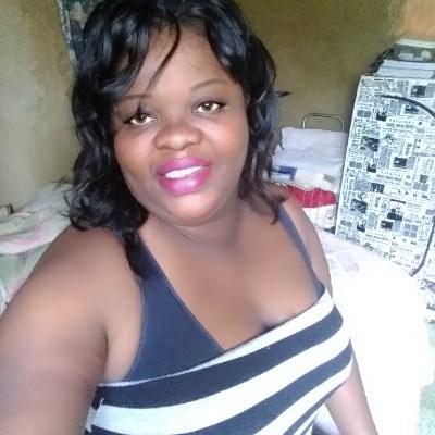 Mulata, 20 anos, namoro online