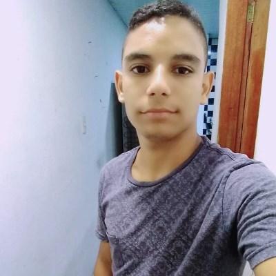 Marcelim, 20 anos, namoro online