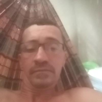 Neto, 45 anos, namoro online