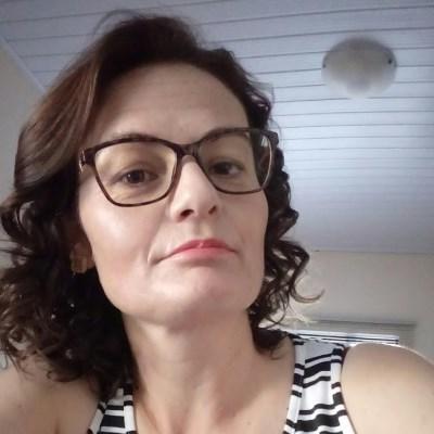 Ana, 41 anos, namoro