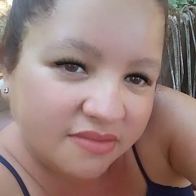 Bella, 38 anos, namoro online