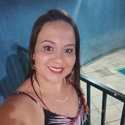 Alana, 37 anos, site de namoro gratuito