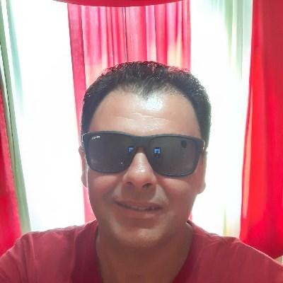 Eduardo, 40 anos, site de namoro gratuito