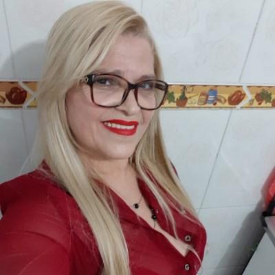 Rita Costa, 58 anos, namoro serio