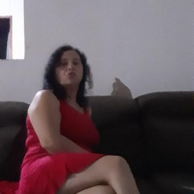 Maria, 50 anos, namoro