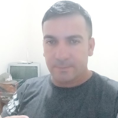 Sandro, 43 anos, namoro