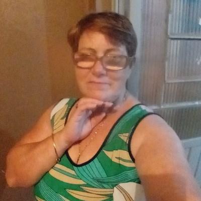 Loreci, 51 anos, namoro serio