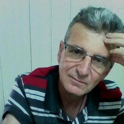 Marcos, 55 anos, namoro