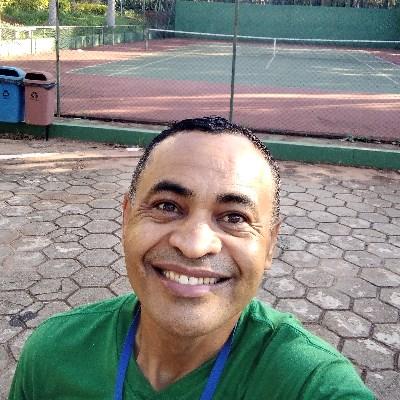 Fernandes, 46 anos, namoro serio