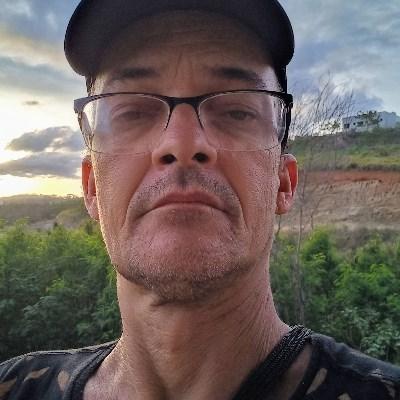 Jorge Oliveira, 50 anos, namoro online