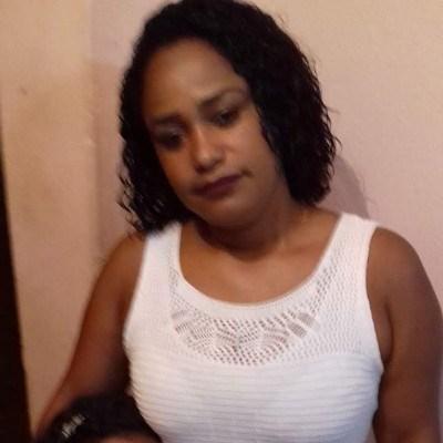 Rasa, 42 anos, namoro serio