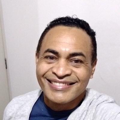 Fernandes, 46 anos, site de encontros