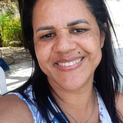 Mari, 47 anos, site de relacionamento gratuito