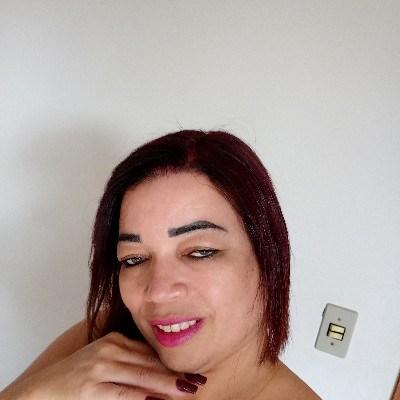 Rose, 46 anos, site de relacionamento gratuito