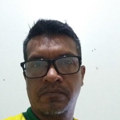 Mendes Castro, 45 anos, namoro