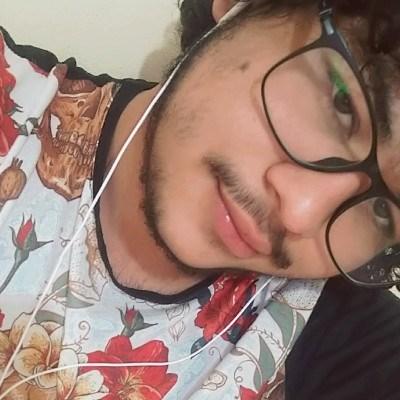 Diego, 18 anos, namoro