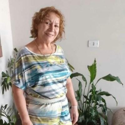 Branca, 63 anos, site de namoro