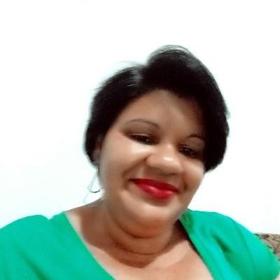 Elisandra Bueno, 44 anos, namoro serio