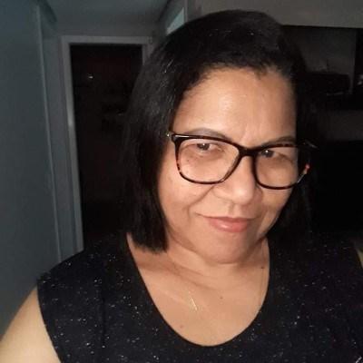 Maria, 53 anos, namoro online gratuito
