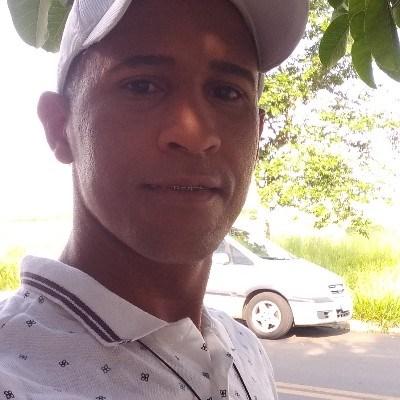 Genival de Jesus, 37 anos, namoro online gratuito