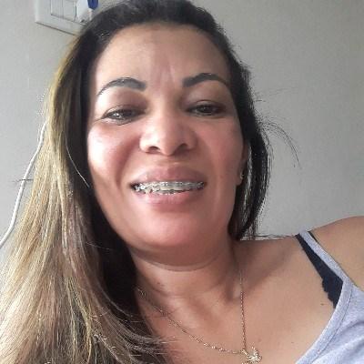 Silvia, 44 anos, site de relacionamento
