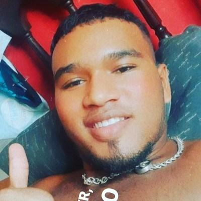 João Victor, 18 anos, site de namoro gratuito