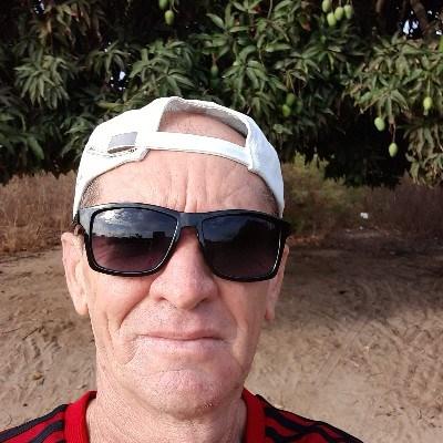 Nal, 55 anos, namoro online gratuito